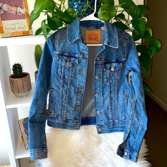 Levi's denim jean jacket size xs